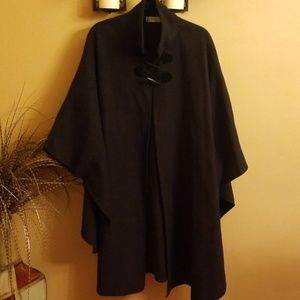 Lord &Taylor Women's Cape